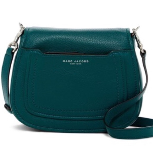 b45fba05347d Marc Jacobs Leather Crossbody Bag. M 5adc6a9a45b30c9057d2244a